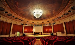 Акустика залов и помещений